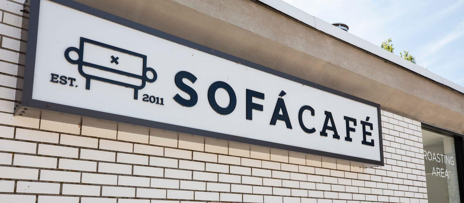 Sofá café in Framingham, MA near Alta Union House